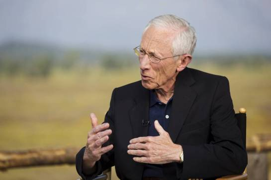 Federal Reserve Vice Chairman Stanley Fischer, attending the Jackson Hole, Wyo., symposium, avoided sending a signal about whether the Fed will act to raise rates at its next meeting. PHOTO: JONATHAN CROSBY/REUTERS
